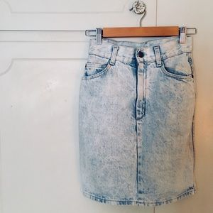 Dresses & Skirts - Vintage Acid Wash Jean Skirt